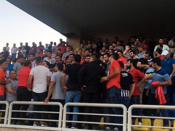اختلاف بازیکنان و هواداران پرسولیس با وساطت گرشاسبی برطرف شد