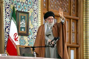شروع سخنرانی مقام معظم رهبری در رواق امام خمینی در حرم حضرت علی ابن موسی الرضا