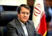 همتی: نرخ ارز دیگر افزایش نمییابد/ فروش نفت ایران  رو به افزایش است