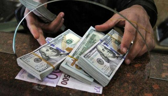 ۳۶۳ صادرکننده بیش از ۱۰میلیون یورو تعهد ارزی دارند
