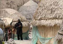مقاومت یک زن در برابر تخریب خانه توسط ماموران شهرداری کرمانشاه + فیلم