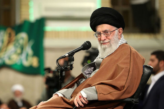 متن کامل بیانات رهبر انقلاب در جمع خدمتگزاران مسجد جمکران