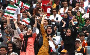 پلیس تهران مجوز ورود خانم ها به ورزشگاه آزادی را تکذیب کرد