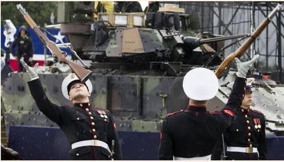 به سخره گرفتن رژه روز استقلال آمریکا در یک برنامه تلویزیونی روسی