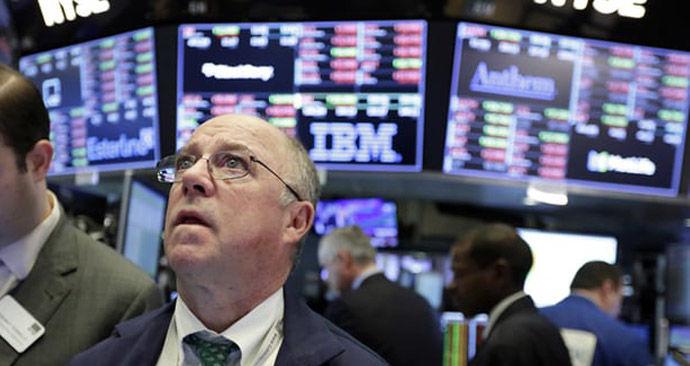 قرمز شدن بازارهای سهام آمریکا با انتقاد مجدد ترامپ از فدرال رزرو