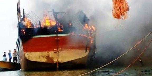 آتش گرفتن لنج باری داخل دریا در چابهار جان ۲ نفر را گرفت