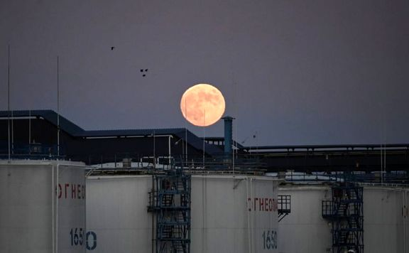 کاهش 4 میلیون و 300 هزار بشکهای ذخایر نفت آمریکا