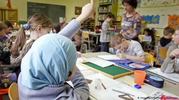 آلمان استفاده از پوشش سر را در مدارس ممنوع کرد