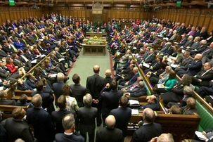 برگزیت باز هم به تاخیر افتاد/پارلمان انگلستان به طرح «اصلاحیه توقف تصویب» رای داد