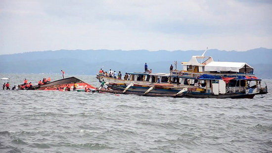 مفقود شدن ۲۱ نفر در پی واژگونی یک قایق در پاکستان