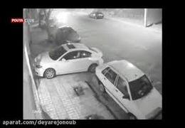 کوبیدن مزدا ۳ مسروقه به خودروی پلیس