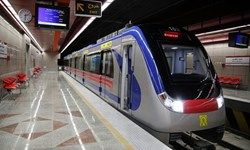 حادثه در متروی میرداماد / 6 نفر مصدوم شدند