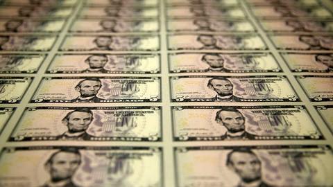 دلار تا 25 سال آینده نخستین ارز جهان خواهد بود