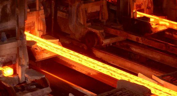 دست دولت از دخالت در بازار فولاد کوتاه می شود