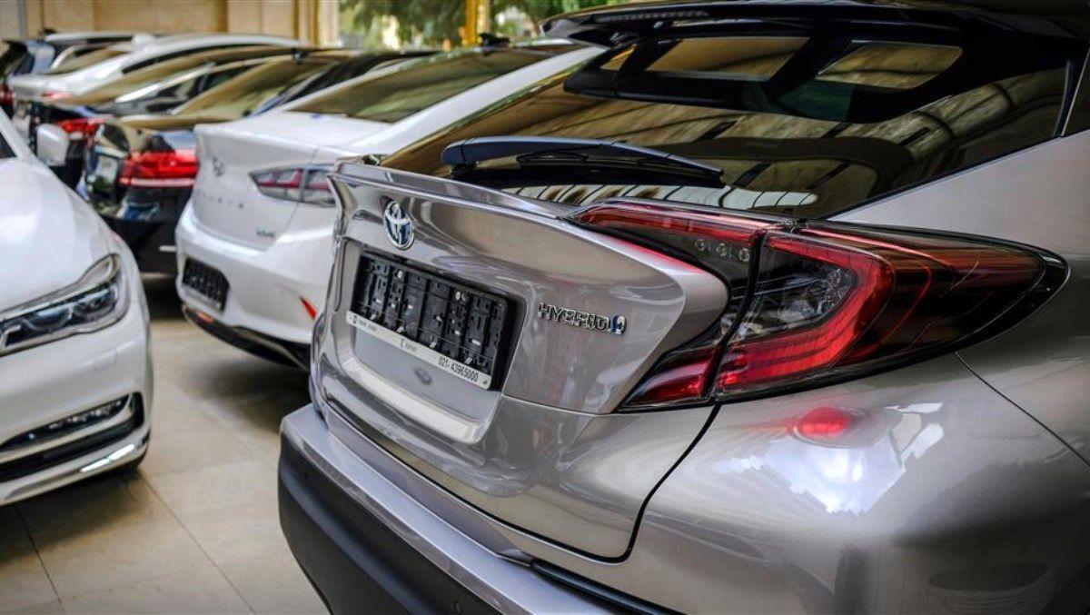 رفع ابهام و تامین ارز برای واردات خودرو در دست بررسی است