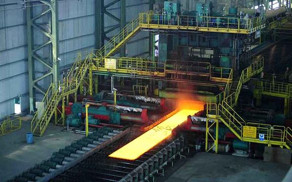 رشد ۱۰۱ درصدی صادرات وزنی فولاد شرکت های بزرگ
