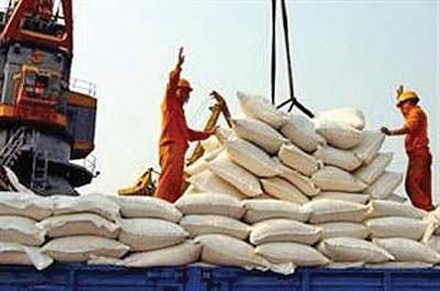 درخواست گمرک برای بازنگری در ممنوعیت فصلی واردات برنج