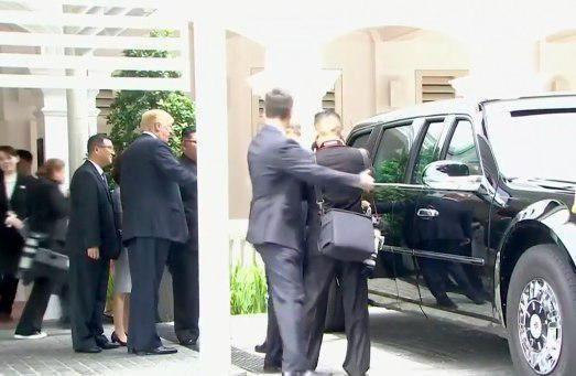 دونالد ترامپ خودروی خود را به کیم جونگ اون نشان داد