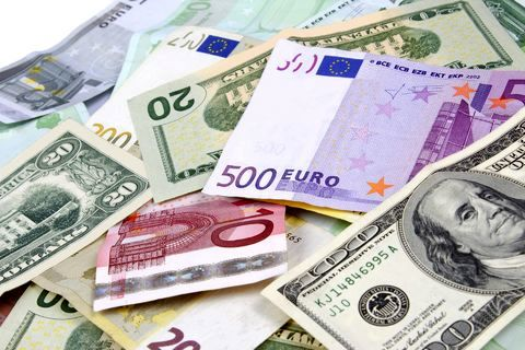 کاهش نرخ رسمی یورو و پوند به همراه 20 ارز دیگر