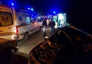 برخورد شدید تریلر با تویوتا سواری 2 کشته برجای گذاشت