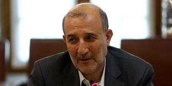 انتقاد شدید رئیس کمیسیون صنایع از خودروسازها