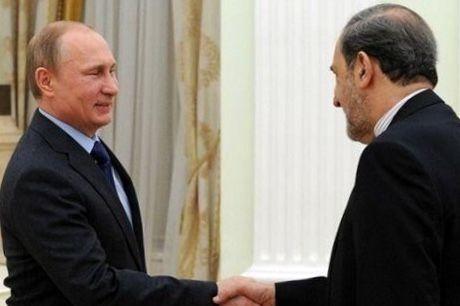 سفر ولایتی به مسکو برای ارائه پیام مقام معظم رهبری و رئیس جمهور به پوتین