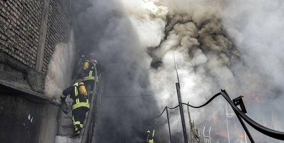 آتش سوزی در  کارگاه تولید درب ضد سرقت در فردیس
