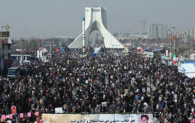 آغاز راهپیمایی یوم الله ۲۲ بهمن تا ساعاتی دیگر +مسیرهای ۱۲ گانه