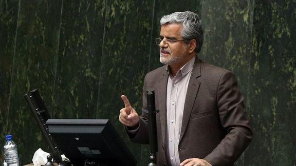 توئیت محمود صادقی درباره حضور برادر شهردار تهران و دو عضو شورای شهر در راهروهای مجلس
