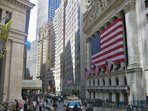 درآمد 11.7 میلیارد دلاری شرکتهای چینی از عرضههای اولیه سهام در والاستریت