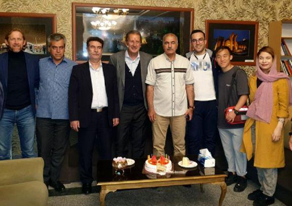 سرمربی تراکتورسازی تبریز را به مقصد بروکسل ترک کرد
