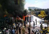 آتش سوزی در بارانداز بزرگ لاستیک در مشیریه
