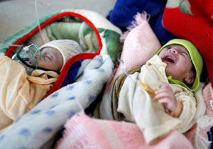 یونیسف: هر دو ساعت یک مادر و شش نوزاد در یمن  جان خود را از دست میدهند
