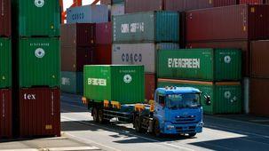 میزان صادرات ژاپن برای ششمین ماه متوالی افت کرد