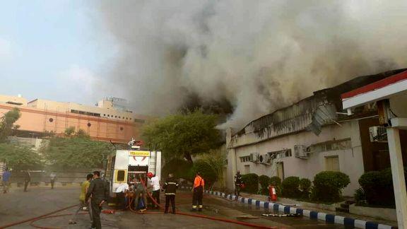آتش سوزی پاساژ پردیس 2 در جزیره کیش