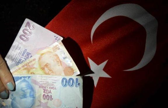 لیر بار دیگر سقوط آزاد کرد/کاهش قیمت لیر در برابر دلار
