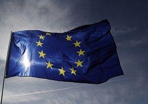 تلاشهای اتحادیه اروپا کارساز نشد/ شرکتهای اروپایی آماده مقابله با تحریمهای آمریکا علیه ایران نیستند