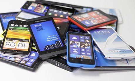 حدود 600 هزار تلفن همراه به زودی وارد بازار می شوند