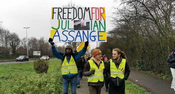 جلیقهزردها خواستار آزادی جولیان آسانژ شدند
