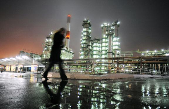 کاهش شدید قیمت نفت به دنبال کشف نوع جدیدی از ویروس کرونا در انگلستان