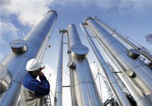 قیمت جهانی نفت بیش از 3 درصد  افزایش یافت / هر بشکه نفت خام برنت ۶۲ دلار و ۷۰ سنت