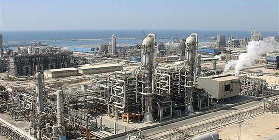 عرضه ۱۵ هزار تن محصولات نفتی و پتروشیمی در بورس کالا