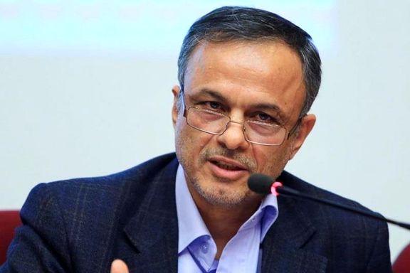 رزم حسینی: امضاهای طلایی را حذف می کنیم