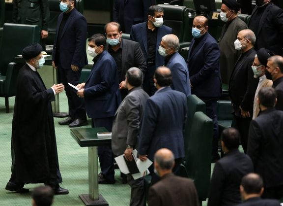 اظهارات موافقان و مخالفان برنامه پیشنهادی دولت سیزدهم