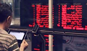 سرمایه گذاران بازار سهام در فضای مجازی؛مراقب کلاهبرداران باشید!