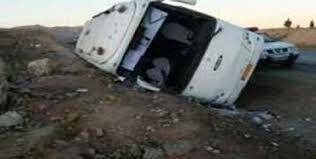یک اتوبوس در جاده زنجان قزوین واژگون شد