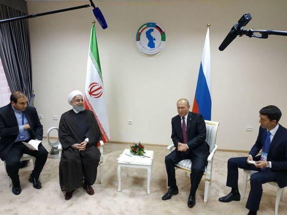 حسن روحانی با در حاشیه اجلاس آکتائو با ولادیمیر پوتین دیدار کرد