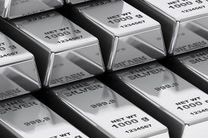 نقره بدترین روزهای خود را در بازار فلزات می گذراند
