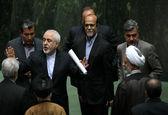 جمع امضای نمایندگان مجلس پای نامه به روحانی برای رد استعفا ظریف