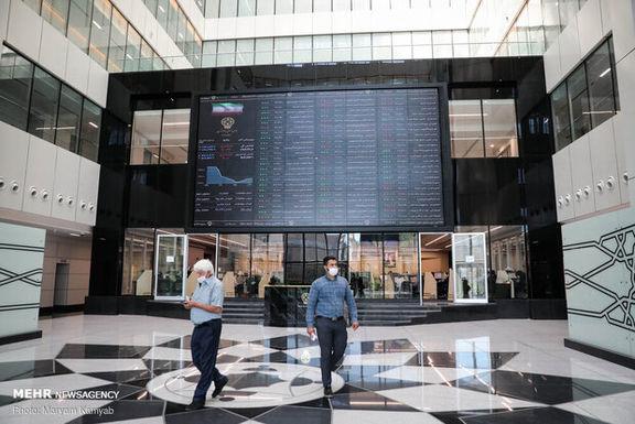 نقدینگی در کشور با سرمایه گذاری بانک ها در بورس افزایش یافت